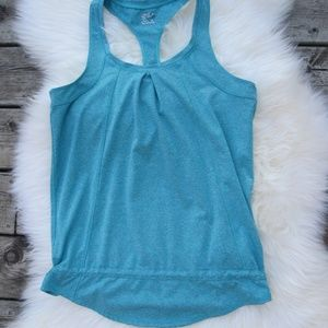 32 DEGREES Weatherproof Women's Yoga Tank in green